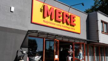 Τι τρέχει με τη Mere;