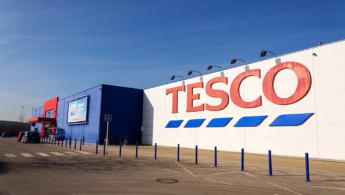 H Tesco δημιούργησε συσκευασίες τυριών από ανακύκλωση πλαστικού