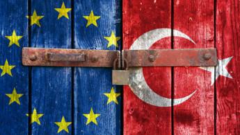 Χαράλαμπος Τσαρδανίδης, ΙΔΟΣ: Ώρα ζωτικών αποφάσεων για την ΕΕ και σοβαρής διαχείρισης του ελληνοτουρκικού